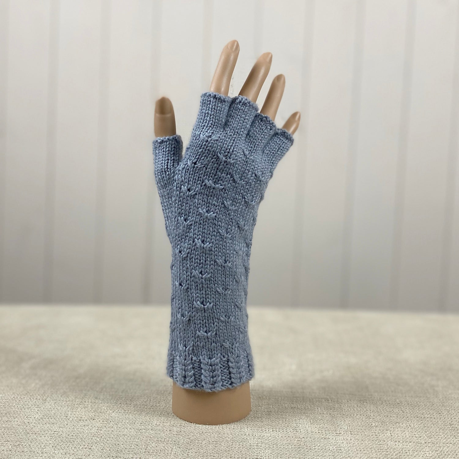 Half Finger Cable Gloves Knitting Kit