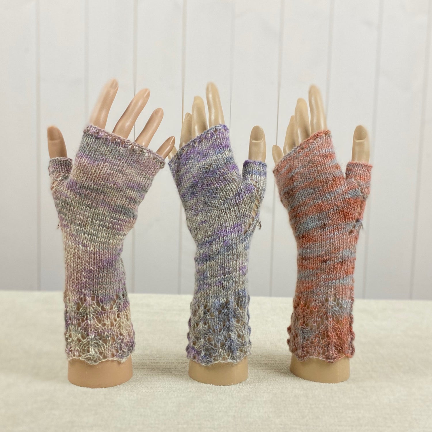Flowers & Lace Hand Warmers Knitting Kit
