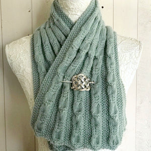 Moss Stitch & Cable Neck Warmer