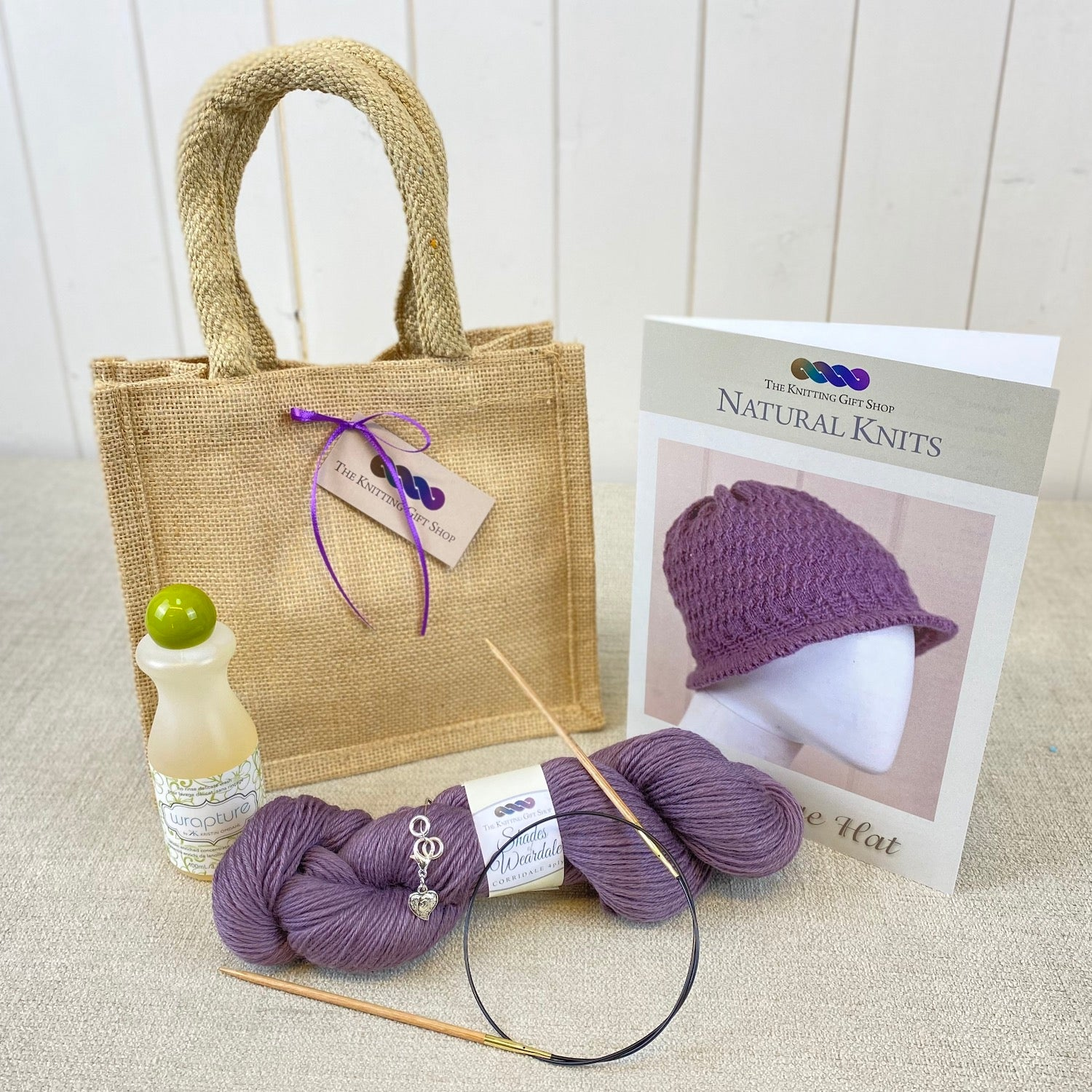 Picot Edge Hat Gift Bag