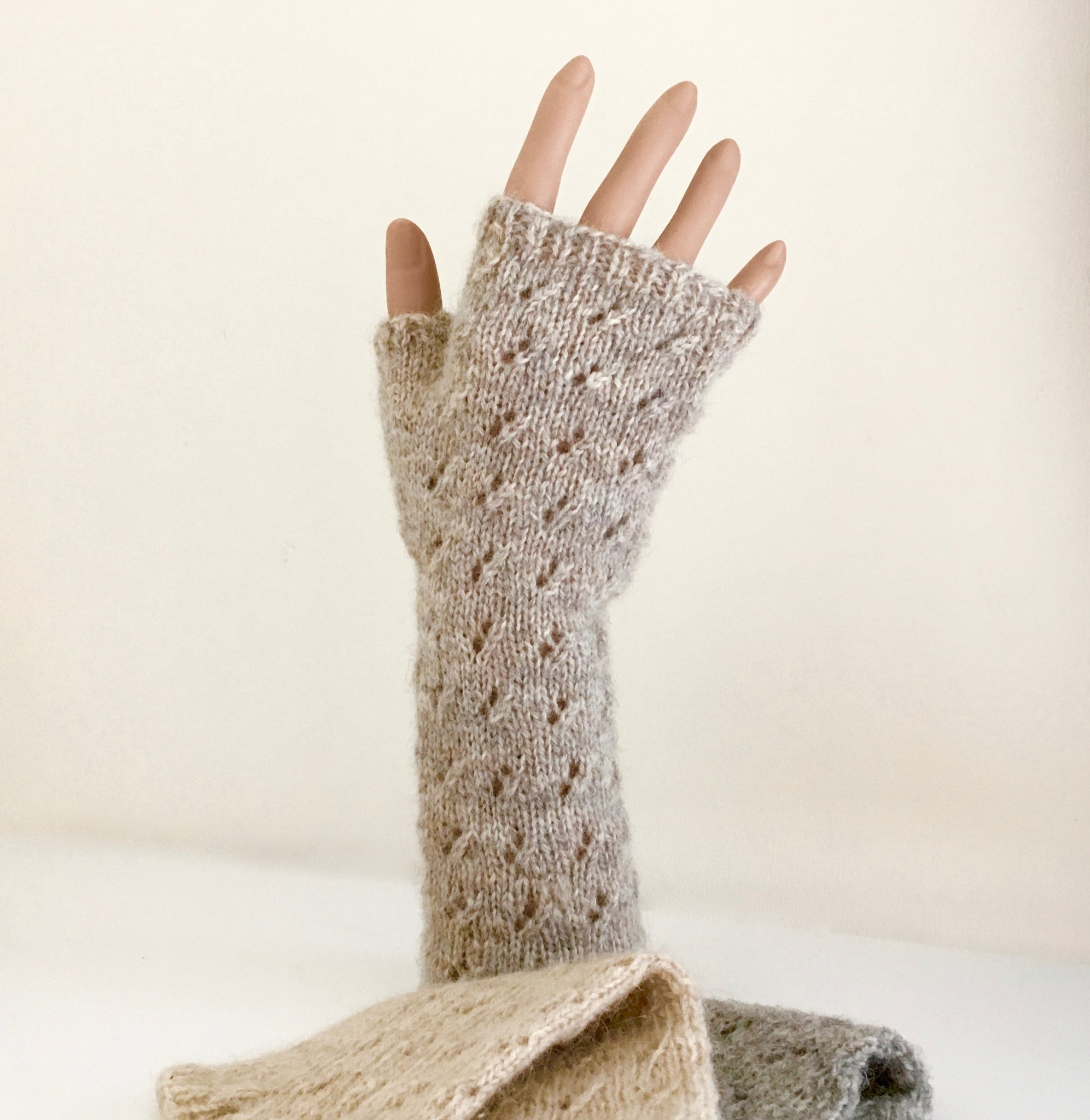 Staggered Eyelet Handwarmers
