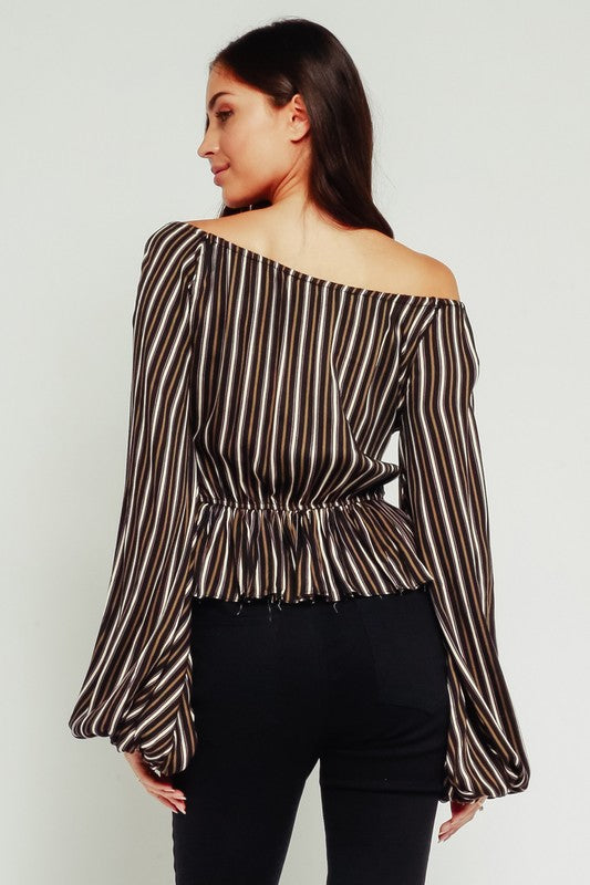OFF SHOULDER BUBBLE BLOUSE