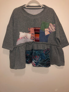 GREY PEPLUM CREW (L/XL)