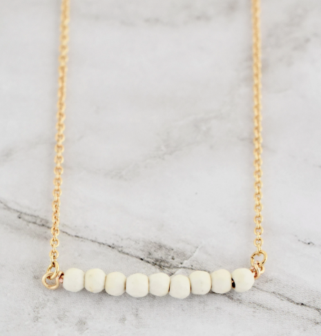 FINLEY WHITE NECKLACE