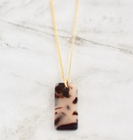 MARIELLA RECTANGLE NECKLACE