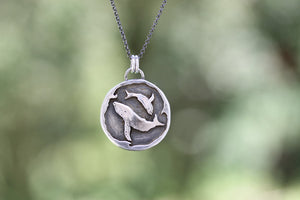 Lullaby Yáay - humpback Whale Pendant