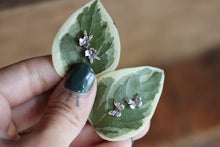 Load image into Gallery viewer, Leah Flower Studs