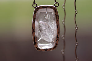 Nova Negative Quartz - Necklace 38