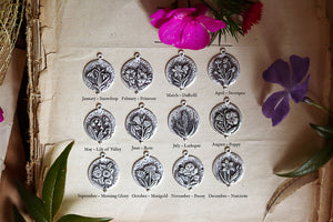 Birth flower Botanical Charm Necklace