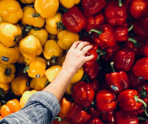 8 Ways to Reduce Waste When Grocery Shopping– Pela Case