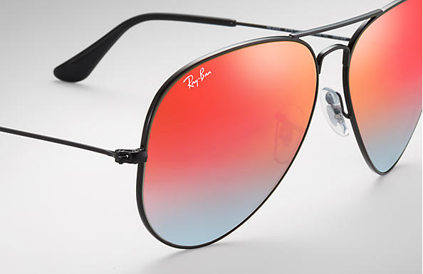 Ray-Ban Aviator Flash Lenses Gradient RB 3025 Sunglasses Brand New In Box