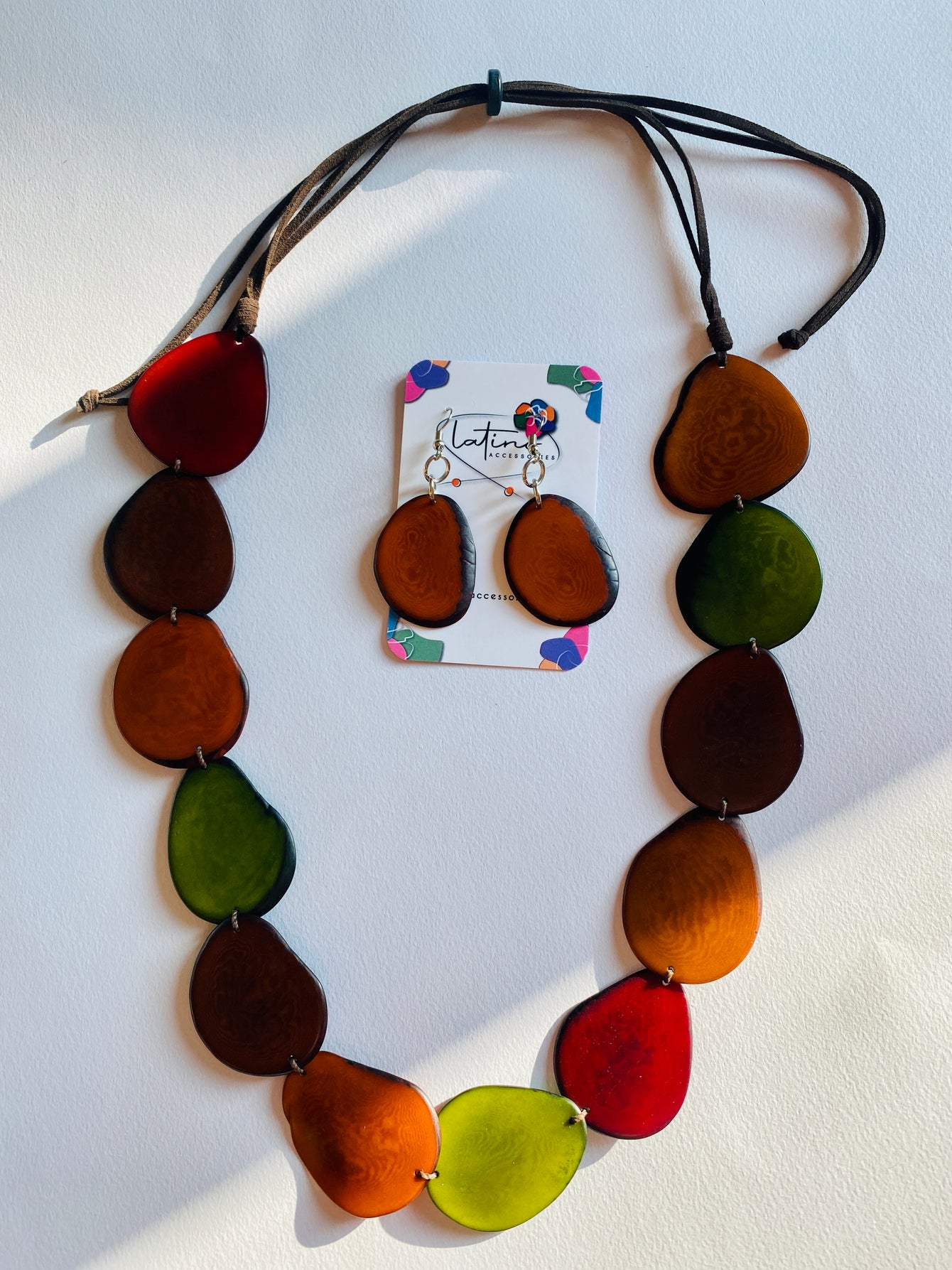 Lunas Tagua Necklace - Earth Colours