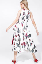 Load image into Gallery viewer, Aubrey Dress Printed White