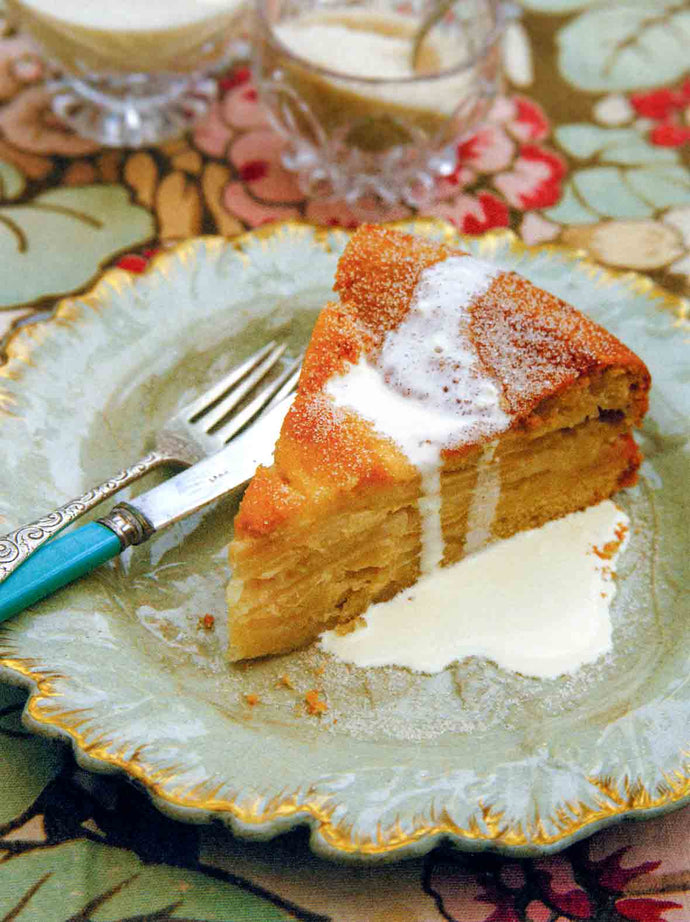 Drunken Apple Cake ~ Kuchen Borracho