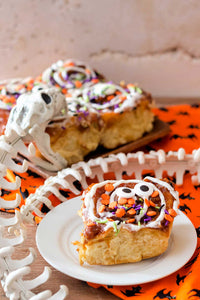 It's Day 4 of Halloween Treats Week, and here is my third recipe for you guys: pumpkin spice cinnamon rolls