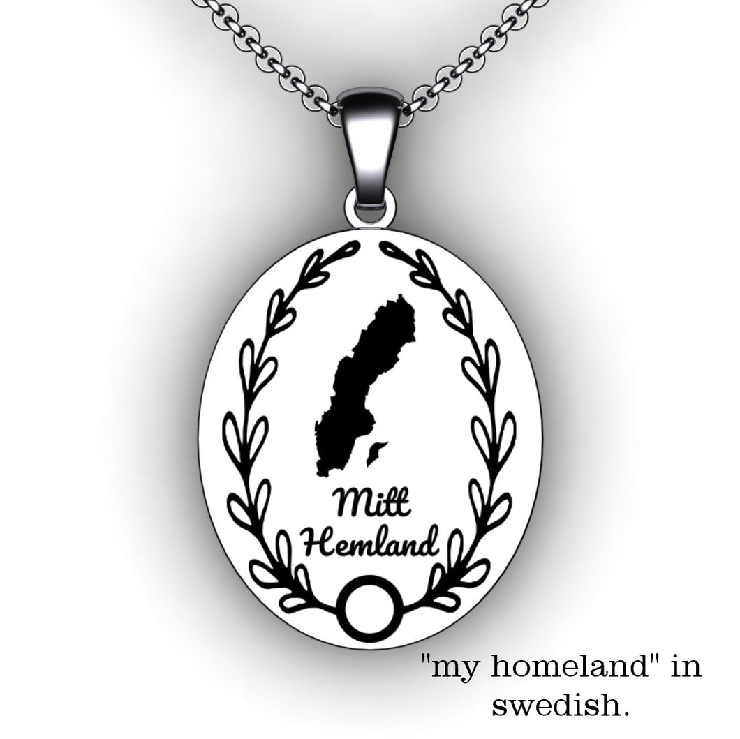 Personalized oval necklace engraved with country or state outline