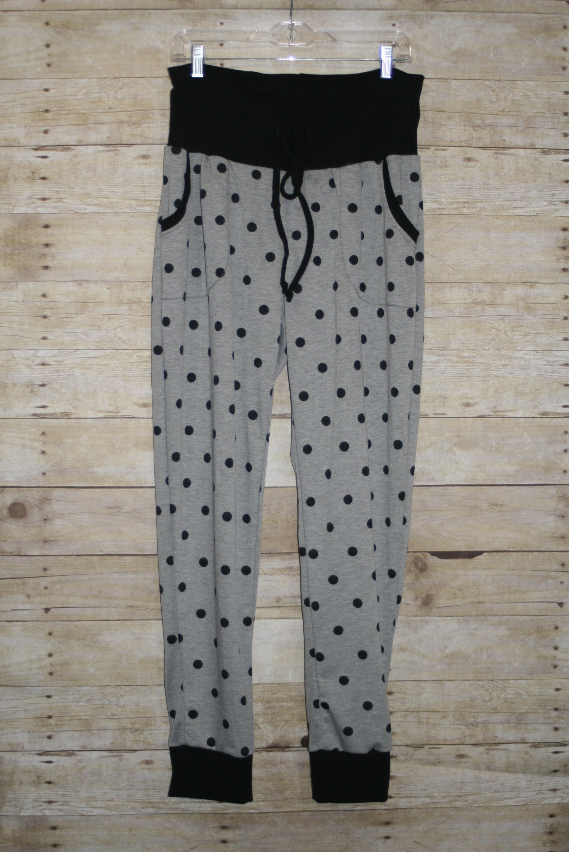 Simple Black & Gray Dots Carita Joggers Size 18