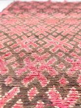 "Load image into Gallery viewer, Vintage Moroccan berber wool rug ""Pretty in Pink"" from Beni Mguild. Marockansk matta berber i ull ""Pretty in Pink"" från Beni Mguild. Marokkansk berber tæppe i uld ""Pretty in Pink"" fra Beni Mguild. Marokkansk berber teppe i ull ""Pretty in Pink"" fra Beni Mguild. Marokon berberimatto ""Pretty in Pink"" villasta Beni Mguildilta."