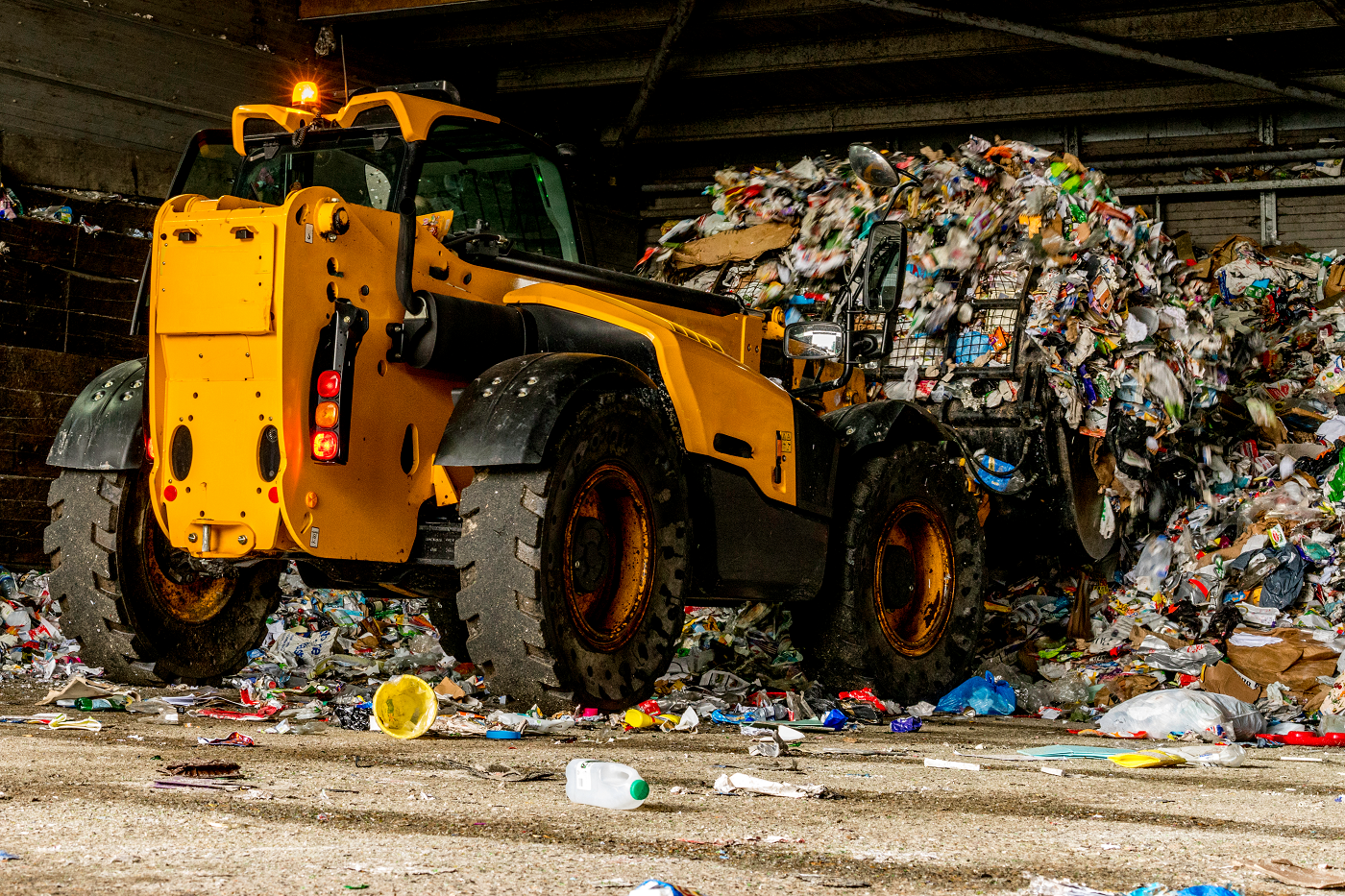 What Materials Have the Highest and the Lowest Recycling Rate in the US