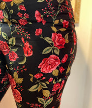 Load image into Gallery viewer, Rose Printed Pant