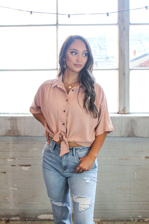 Shania Tie Front Cropped Top -Blush
