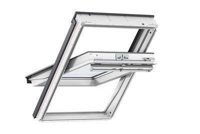 GGL UK08 2070 134x140 White Painted Velux Window