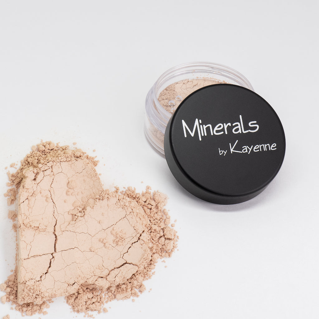 Kayenne Make-up Mineralpuder (Farbton 22)