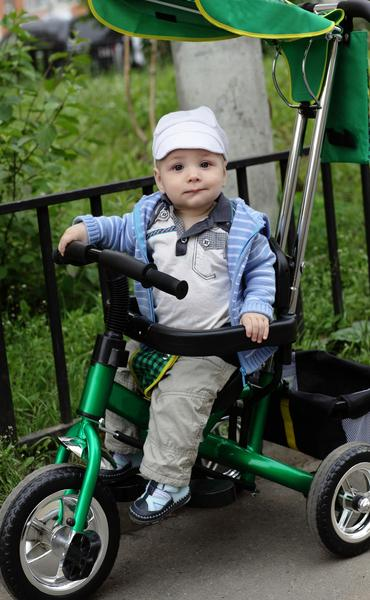 Tricycles Let your little ones show you the moves with our best in class baby tricycles