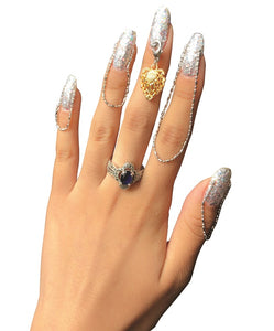 How to Apply Jewelry to Nails