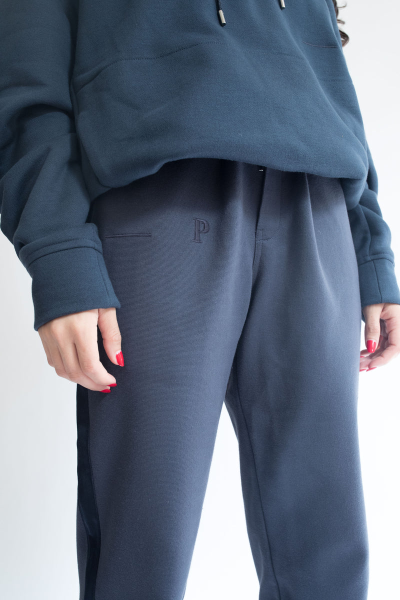 Grosgrain Bungee Pant in Navy with Navy Details