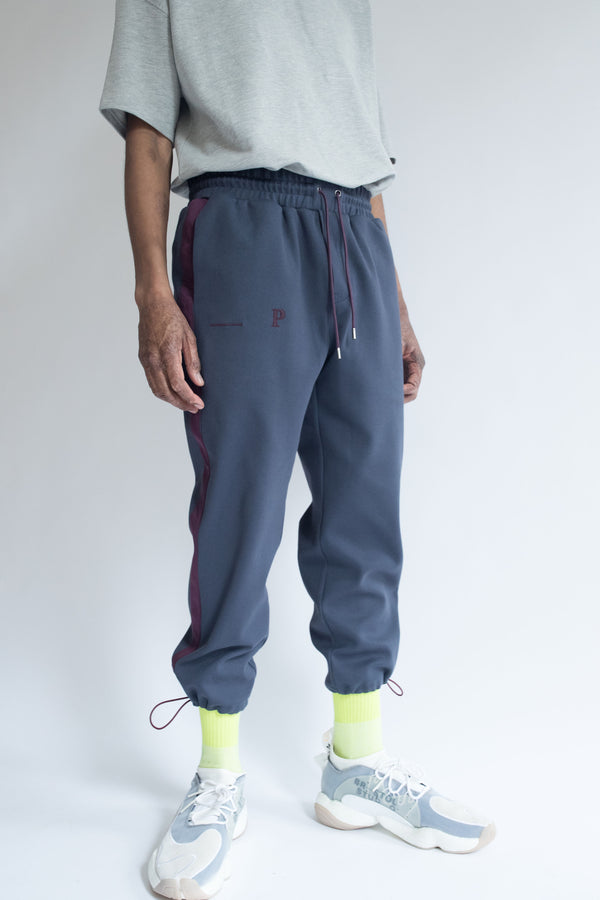 Grosgrain Bungee Pant in Navy with Wine Details