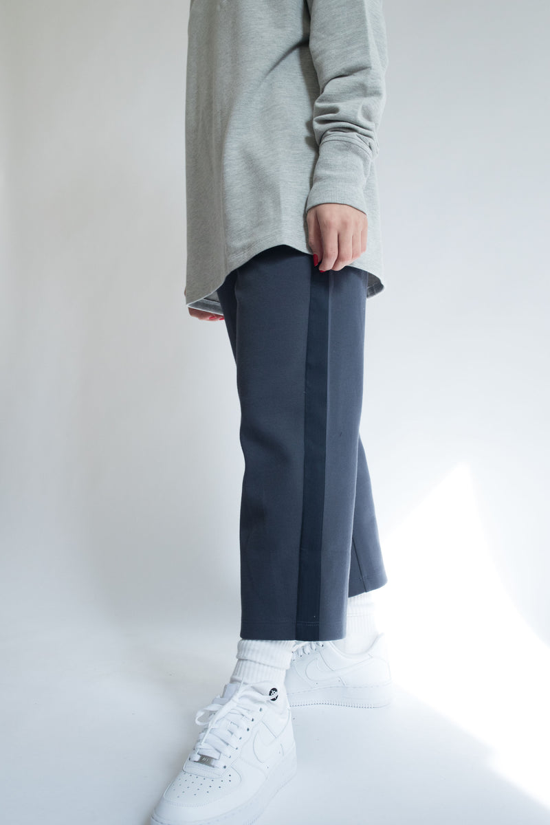 Grosgrain Crop Pant in Navy with Navy Details
