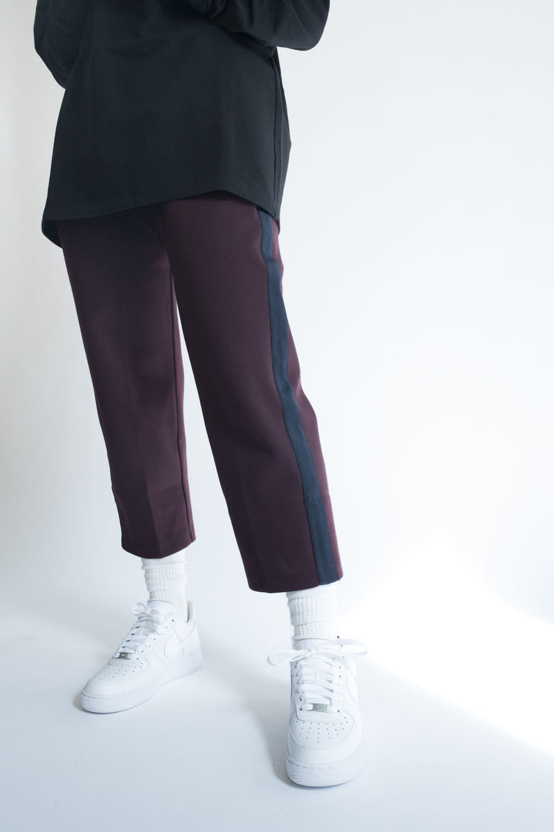 Grosgrain Crop Pant in Wine with Navy Details
