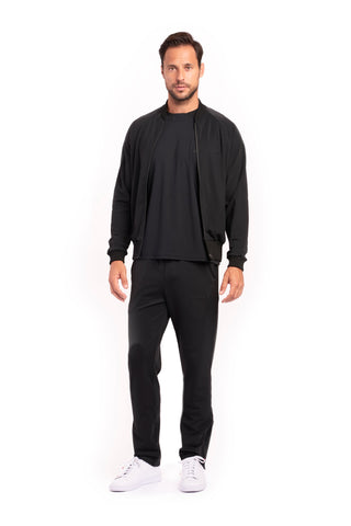 products/061216_Uomo_BlackWarmup_1.jpg