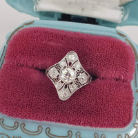 Platinum Art Deco Filigree c.20s ring