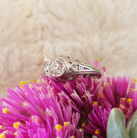 Platinum c.1920s Deco diamond filigree Engagement Ring