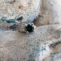 Platinum Tzavorite green Garnet & diamond estate Ring