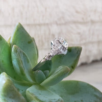 Platinum Art Deco c.1920s diamond engagement Ring