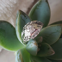 18k white gold c.20's filigree diamond Ring