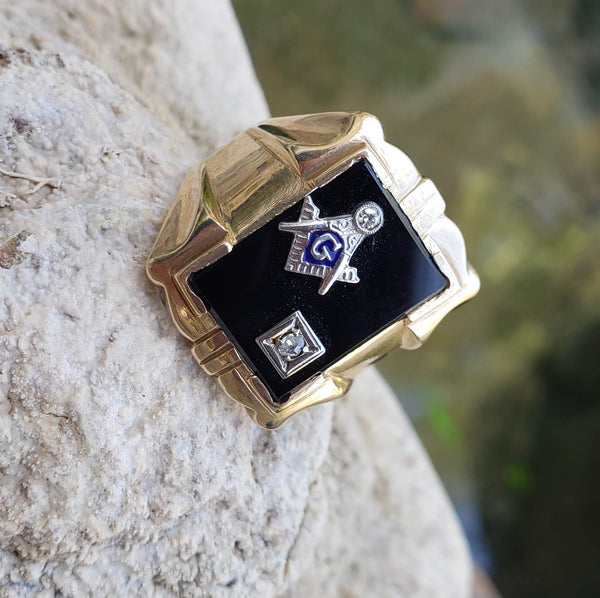 10k gold vintage Deco black onyx & diamond Masonic Freemason Ring