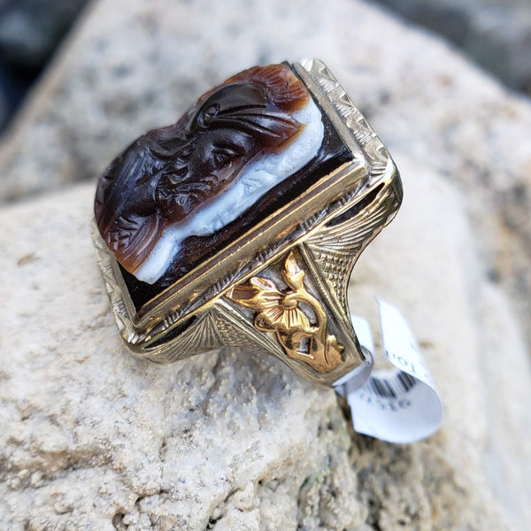 10k gold two tone Deco carved agate trojan warrior estate men's ring