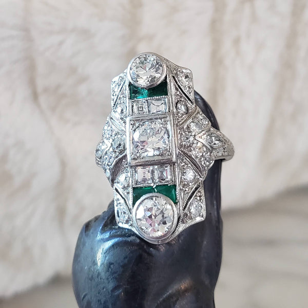 Platinum Deco c.20's Emerald & Diamond estate filigree glove shield Ring