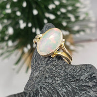 10k yellow gold opal Deco ring