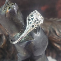 18k gold white gold Edwardian bow filigree champagne diamond Ring
