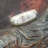 14k gold 5 diamond estate band - apx .50ct tw