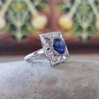 Platinum Art Deco blue sapphire & diamond vintage ring