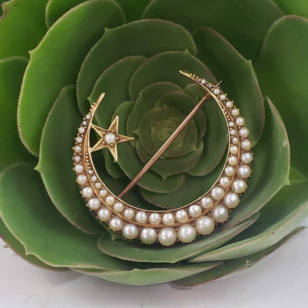 15k yellow gold Victorian seed pearl crescent moon star pin - brooch