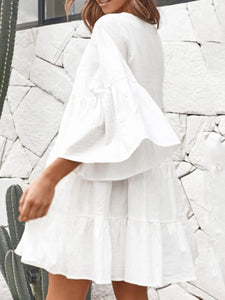 White 3/4 Sleeve V Neck Dresses