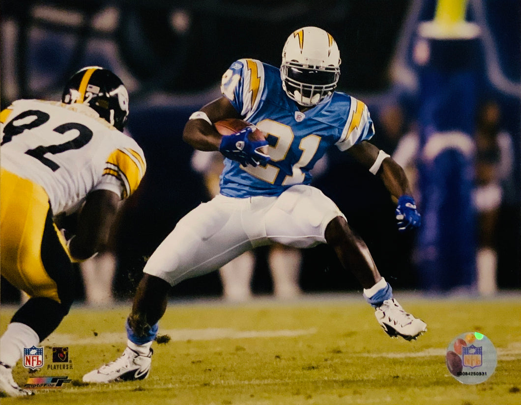 Ladanion Tomlinson 8x10 Chargers Photo