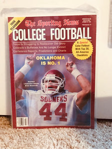 The Sporting News 1986 College Football Yearbook Brian Bosworth cover Mint Cond